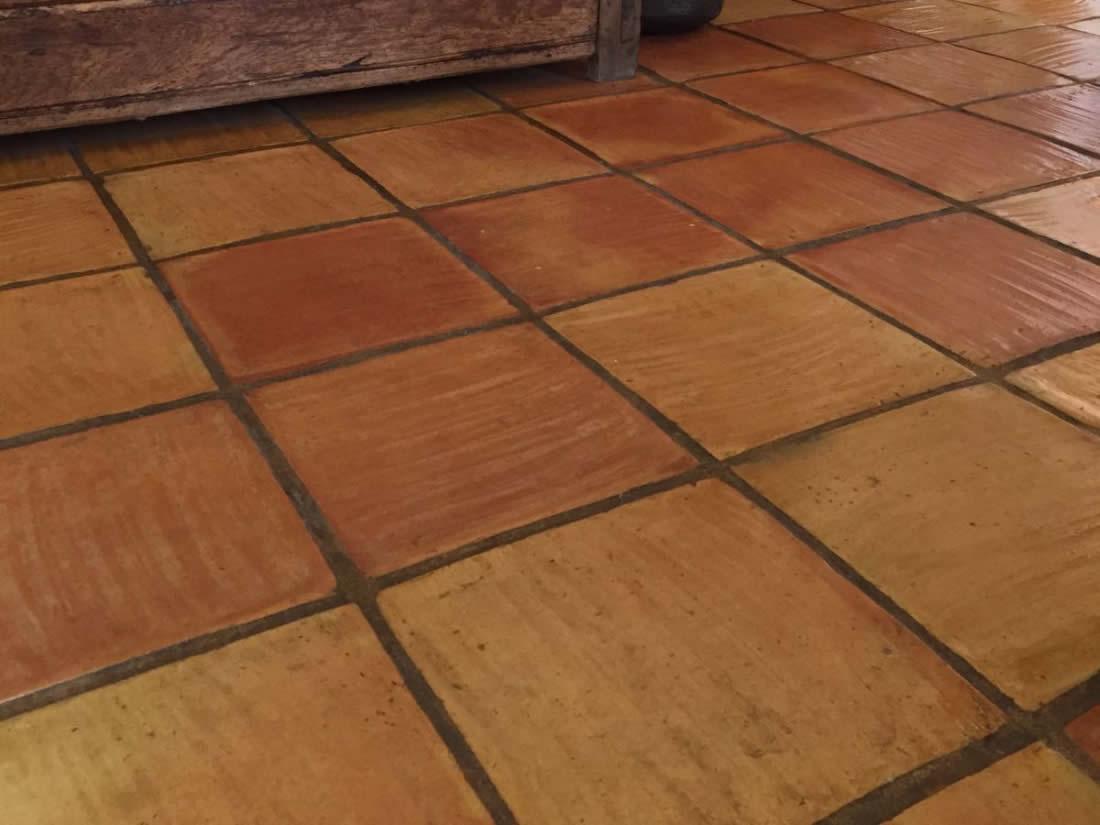 Baldosa manual baldosa de barro cocido baldosa terracota for Pavimentos rusticos para interiores