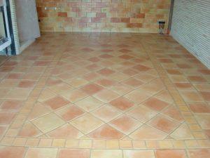 baldosa-manual-baldosa-de-barro-para-bioconstruccion-suelos-de-barro-cocido