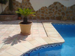 coronacion-piscinas-blas-aleman-baldosas-de-barro-fabricantes-suelos-piscinas