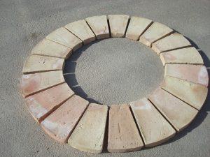 ladrillo-pilares-redondos-ladrillo-de-valentin-ladrillo-rustico-de-barro-cocido-ladrillos-artesanales-blas-aleman