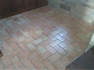 suelos-de-barro-cocido-suelos-hechos-a-mano-pavimentos-de-terracota (6)